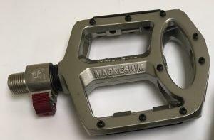 MTB pop-off pedals