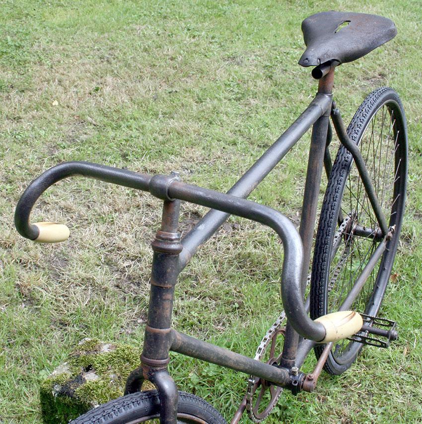 1903 tour bike