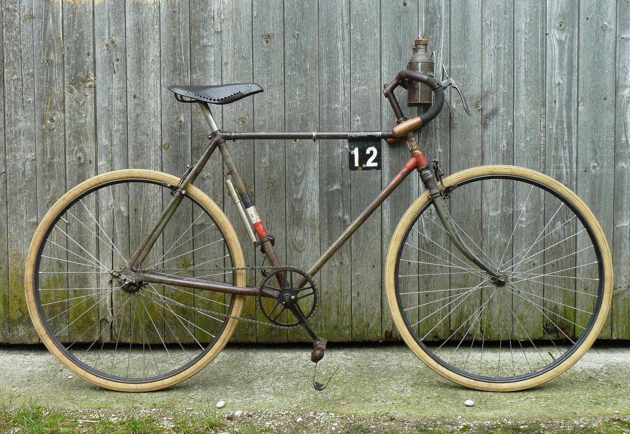 1914-style tour bike