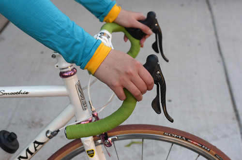 drop bar hood position